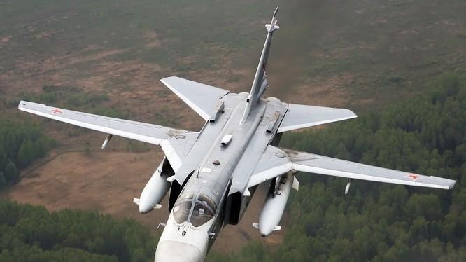 Máy bay ném bom chiến trường Su-24 Nga - ảnh minh họa South Front
