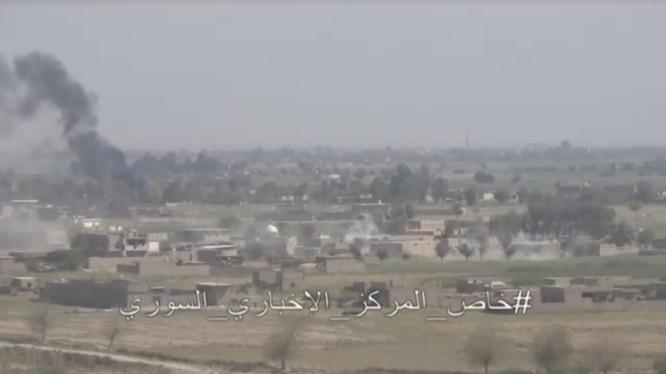 Cuộc tấn công vào thành phố Mayadeen - ảnh video truyền thông Syria
