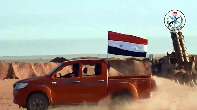 Binh sĩ quân đội Syria trong thành phố Mayadeen - ảnh minh họa South Front