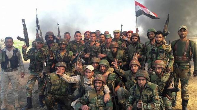 Binh sĩ quân đội Syria trên chiến trường cao nguyên Golan - ảnh minh họa Masdar News