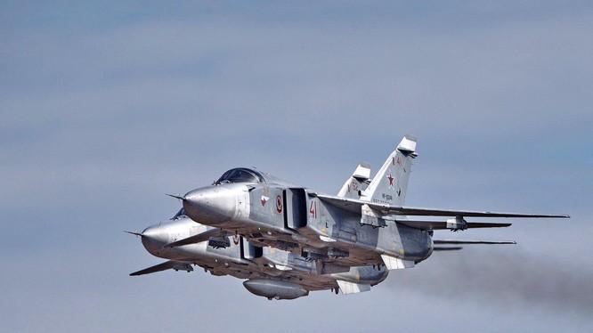 Máy bay chiến đấu Nga trên chiến trường Syria - ảnh truyền thông Không quân Nga mạng xã hội Twitter
