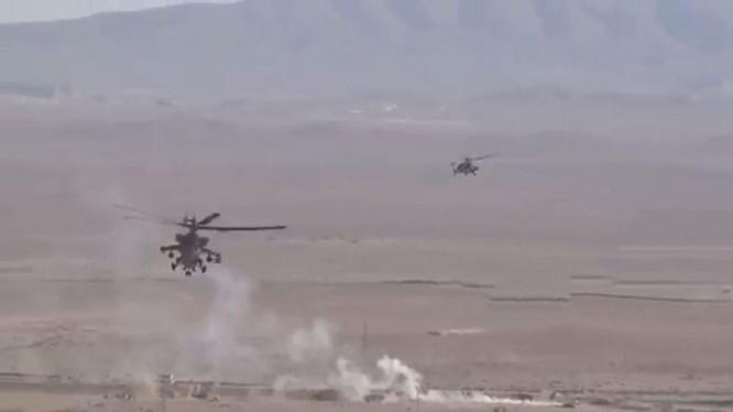 Trực thăng tấn công Nga yểm trợ quân đội Syria tiến công - ảnh video truyền hình Hezbollah