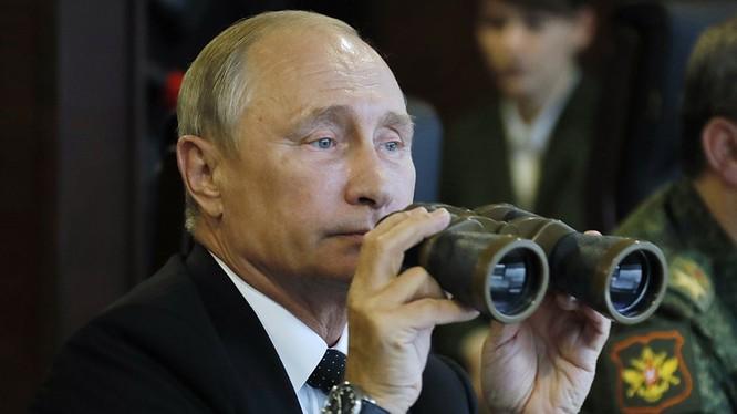 Tông thống Nga Putin theo dõi cuộc diễn tập Lực lượng Hạt nhân Chiến lược Nga - ảnh Tass