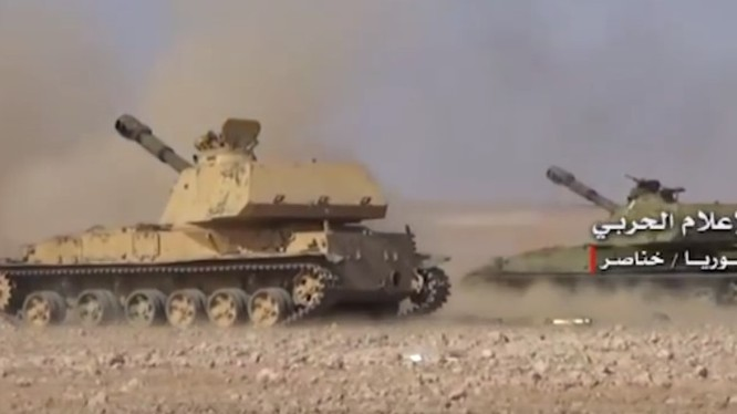 Quân đội Syria chiến đấu trên vùng nông thôn ngoại ô thành phố Aleppo