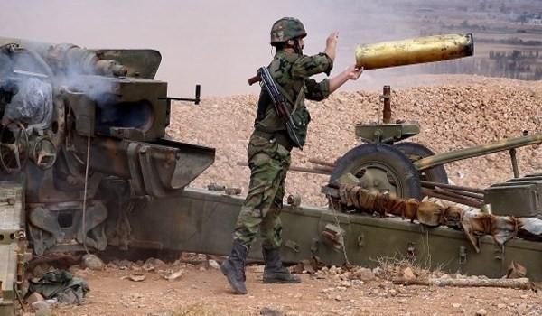 Pháo binh quân đội Syria chiến đấu trên chiến trường - ảnh minh họa Muraselon