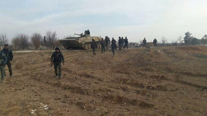 Quân đội Syria tiến công trên chiến trường Hama - ảnh minh họa Masdar News