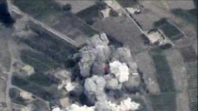 Không quân Nga không kích dữ dội căn cứ của IS trên chiến trường Deir Ezzor - ảnh minh họa Masdar News