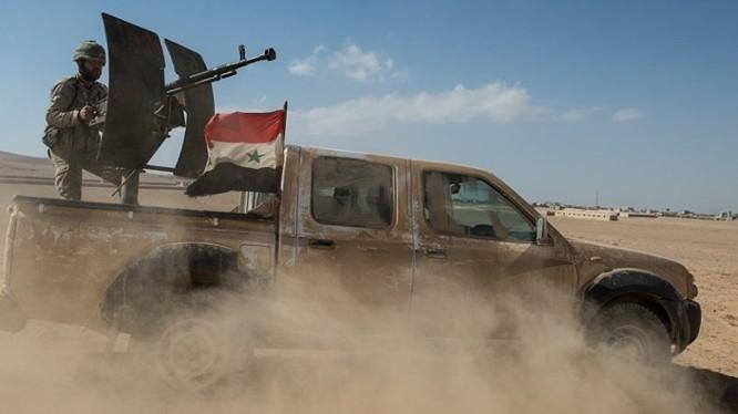 Quân đội Syria tiến công trên chiến trường Aleppo - Hama. Ảnh minh họa Masdar News
