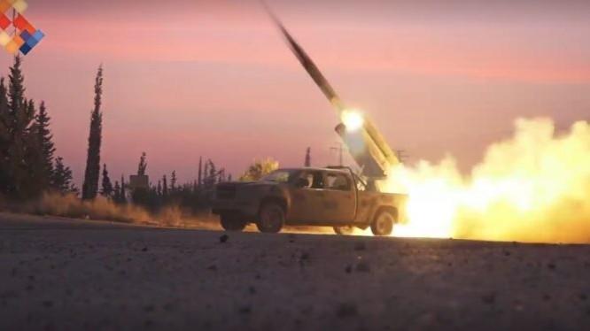 Tổ hợp tên lửa Golan - 300 khai hỏa trên chiến trường Đông Ghouta - anh video Masdar News