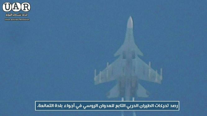 Máy bay ném bom không quân Nga trên chiến trường Idlib - ảnh truyền thông đối lập Syria