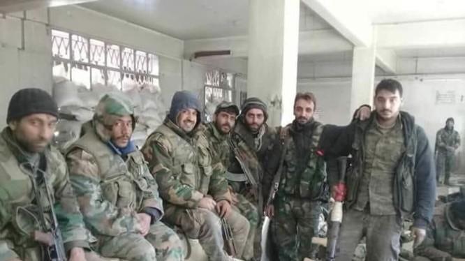 Binh sĩ quân đội Syria chuẩn bị tiến hành cuộc tấn công vào khu vực Đông Ghouta - ảnh minh họa Masdar News