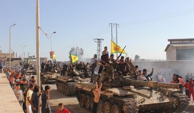 Lực lượng dân quân người Kurd đến thành phố Afrin, vượt qua khu vực quân đội Syria kiểm soát - ảnh South Front