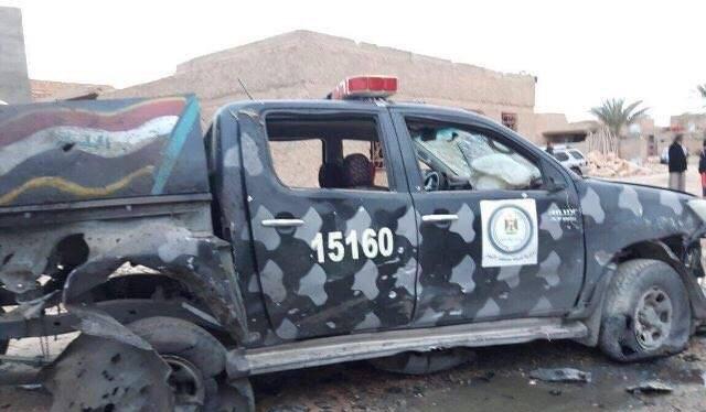 Xe an ninh chống khủng bố Iraq bị bắn cháy - ảnh quân đội Iraq