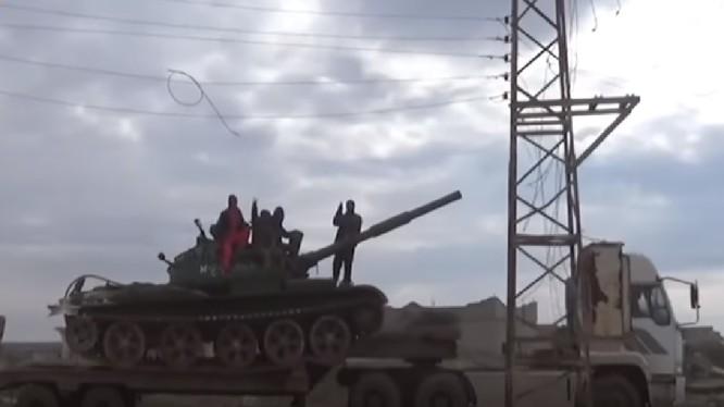 Quân đội Syria điều chuyển lực lượng, chuẩn bị cho chiến dịch tấn công mới ở Idlib, Hama, Aleppo. Ảnh minh họa video