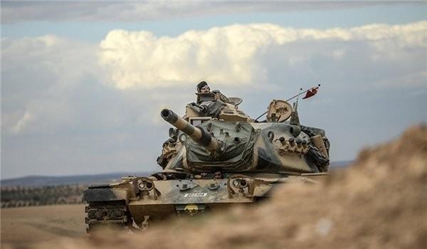 Xe tăng quân đội Thổ Nhĩ Kỳ tấn công ở Afrin, Aleppo Syria - ảnh minh họa Masdar News