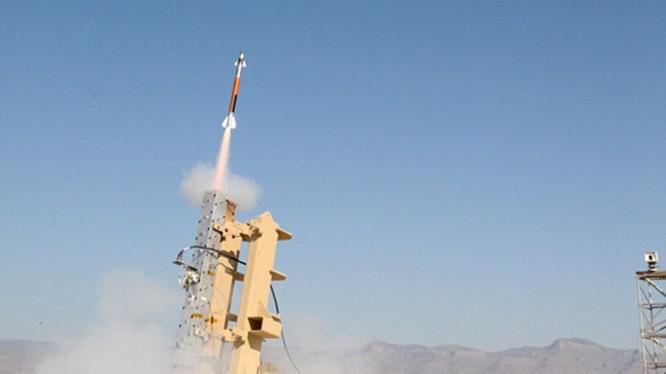 Hệ thống tên lửa đánh chặn loại nhỏ Miniature Hit-to-Kill missile (MHTK)