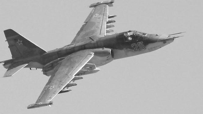 Máy bay cường kích chiến trường Su-25 Nga - ảnh minh họa Masdar News