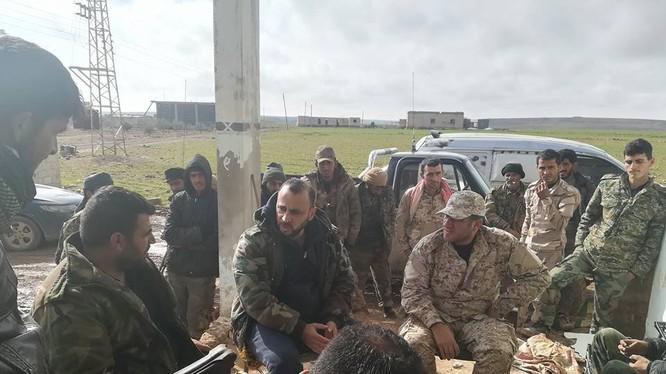 Nhóm đặc nhiệm lực lượng Tiger trên chiến trường Idlib - ảnh Ivan Sidorenko