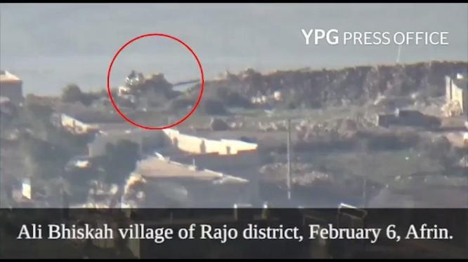 Lực lượng dân quân người Kurd phá hủy 1 xe tăng Thổ Nhĩ Kỳ ở Afrin. ảnh minh họa video YPG Presss