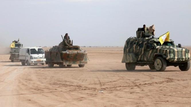 Lực lượng dân quân người Kurd tấn công trên chiến trường Deir Ezzor. ảnh South Front