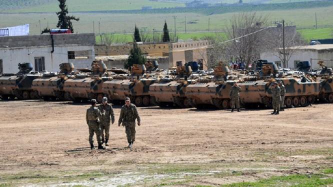 Quân đội Thổ Nhĩ Kỳ triển khai binh lực trên chiến trường Afrin. Ảnh minh họa Masdar News