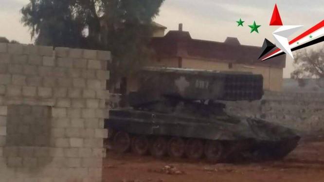 Pháo phản lực nhiệt áp TOS - 1A quân đội Syria ở Đông Ghouta - ảnh Muraselon