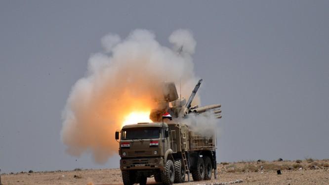 Tổ hợp pháo - tên lửa phòng không Pantsir-S1 quân đội Syria - ảnh minh họa Masdar News