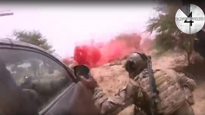 Các binh sĩ đặc nhiệm Mũ nồi xanh Mỹ trong cuộc chiến - ảnh minh họa video