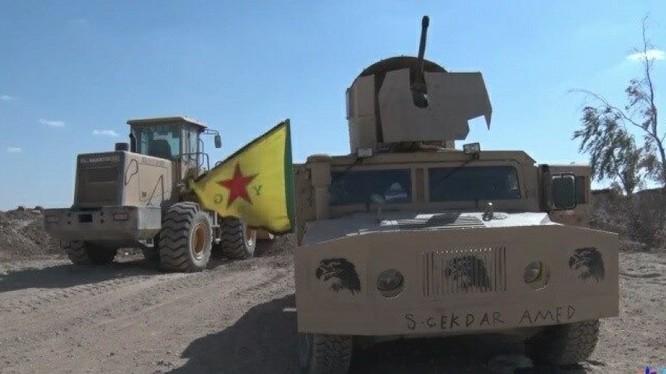 Lực lượng YPG, YPJ hành quân về Afrin chiến đấu chống Thổ Nhĩ Kỳ - ảnh minh họa Masdar News