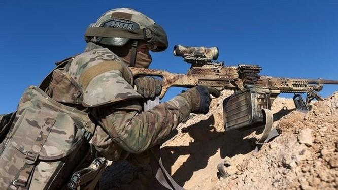 Binh sĩ đặc nhiệm Nga trên chiến trường Palmyra năm 2017 - ảnh minh họa Defense Tech Russia