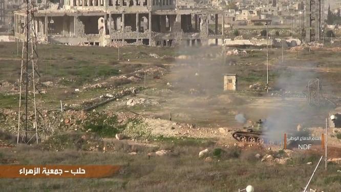 Lực lượng vũ trang Syria tấn công nhóm Hồi giáo cực đoan ở Aleppo - ảnh video