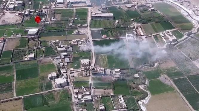Toàn cảnh chiến trường Ayn Tarma từ drone - ảnh minh họa video
