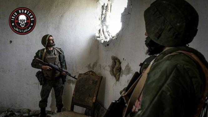 """Lực lượng đặc nhiệm 'Săn IS"""" trên chiến trường Đông Ghouta. ảnh minh họa South Front"""