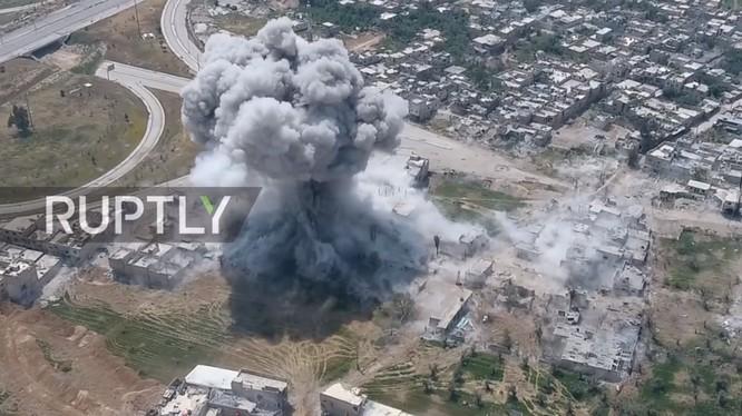 Vụ nổ phá hủy đường hầm gây chấn động cả thành phố thủ đô Damascus - ảnh video Ruptly
