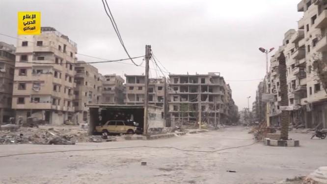 Toàn cảnh các khu phố quận Ayn Tarma hoàn toàn giải phóng - ảnh minh họa video Hezbollah