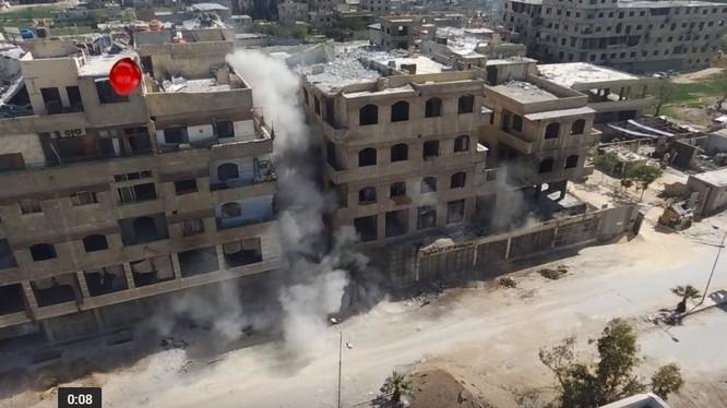 Công binh Syria phá hủy đường hầm ở Đông Ghouta - Ảnh minh họa video