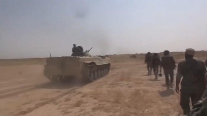 Quân đội Syria phản công trên chiến trường Deir Ezzor - ảnh minh họa Masdar News