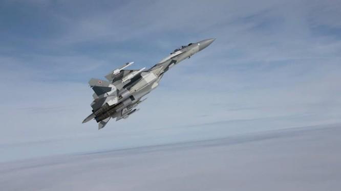 Máy báy chiến đấu Su-35 trên bầu trời Syria - ảnh n-minh họa Masadar News