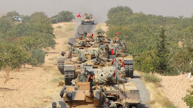 Đoàn xe tăng của lực lượng quân sự Thổ Nhĩ Kỳ - ảnh minh họa South Front