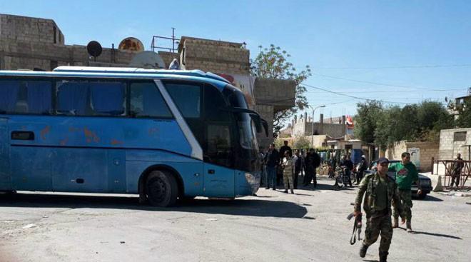 Lực lượng chiến binh Hôi giáo cực đoan bắt đầu di tản khỏi thành phố Douna - Đông Ghouta, ảnh minh họa Shout Front