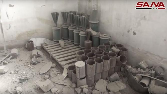 Xưởng sản xuất vũ khí của lực lượng Hồi giáo cực đoan ở Đông Ghouta - ảnh minh họa video SANA