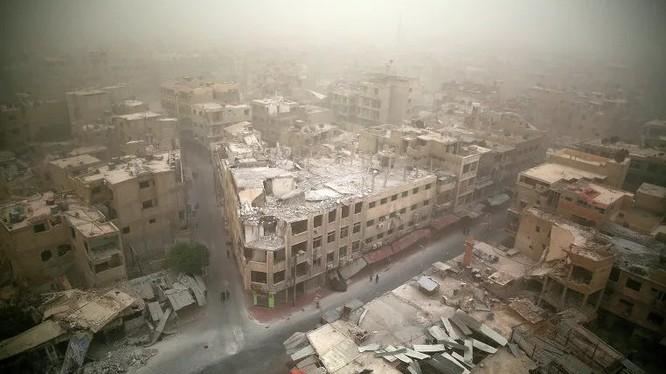 Một góc khu phố Douma sau khi giải phóng - ảnh South Fromt