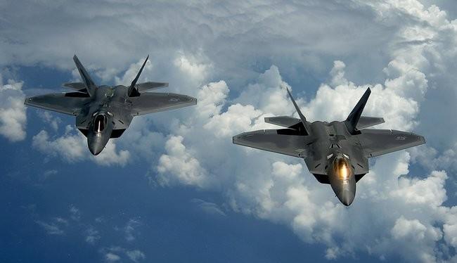 Mỹ sẽ sử dụng máy bay tàng hình F-22 tấn công Syria - ảnh minh hoai Defence Blog