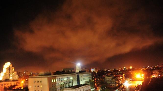 Rạng sáng ngay 14.04.2018 Mỹ Anh, Pháp tấn công vào Syria. ảnh South Front