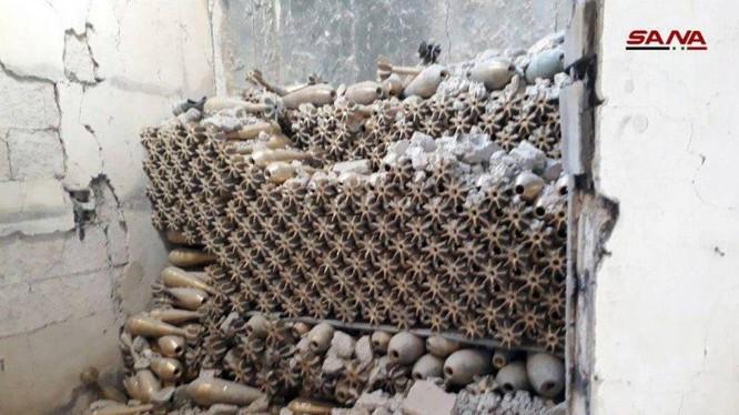 Kho đạn khổng lồ của nhà máy sản xuất vũ khí đạn. Ảnh minh họa video quân đội Syria