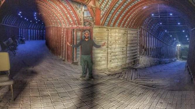 Đương hầm vừa được khám phá của lực lượng Hồi giáo cục đoan ở Douma - ảnh minh họa - video