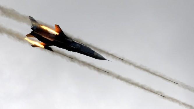Máy bay chiến đấu Nga không kích trên chiên trường Damascú