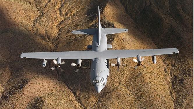 May bay C-130H của Mỹ trên bầu trời Syria - anh minh họa South Front
