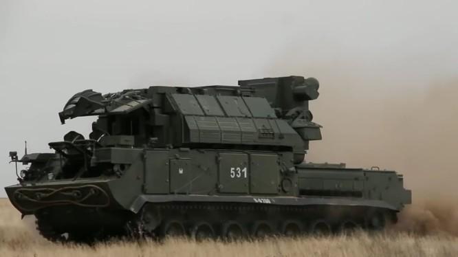 Tổ hợp tên lửa Tor - M2 đã có mặt trên chiến trường Syria