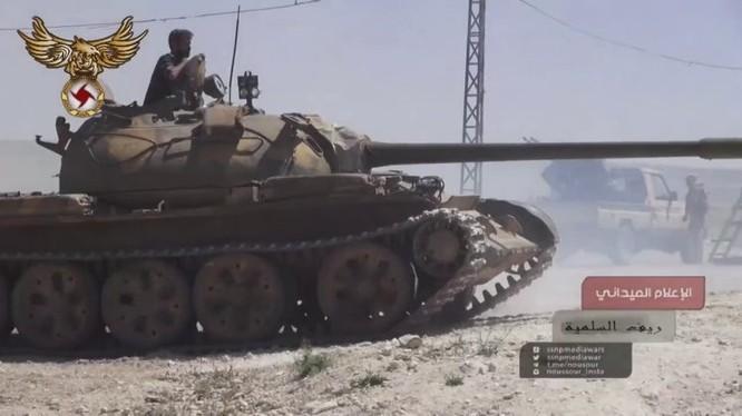 Xe tăng lực lượng SSNP tấn công, ảnh mnh họa AlMasdar News